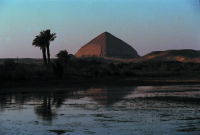Egypt, Dashur: Bent Merkut of Sneferu. 2002